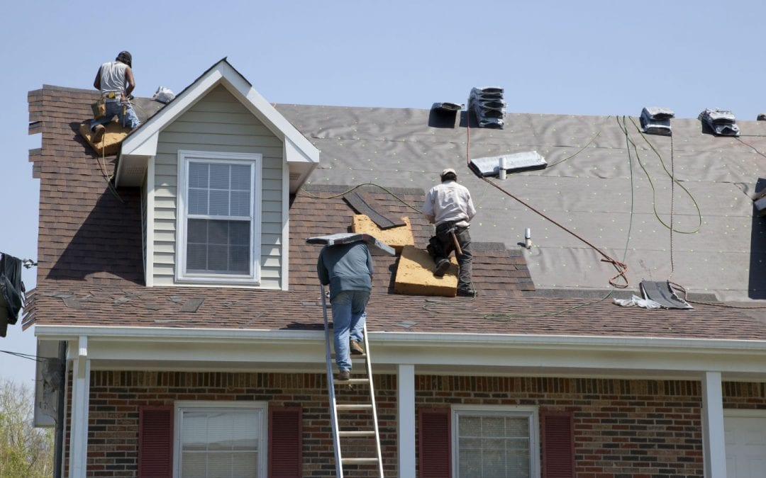 8 Smart Homeowner Tips for Hiring a Roofing Contractor in Sarasota, FL